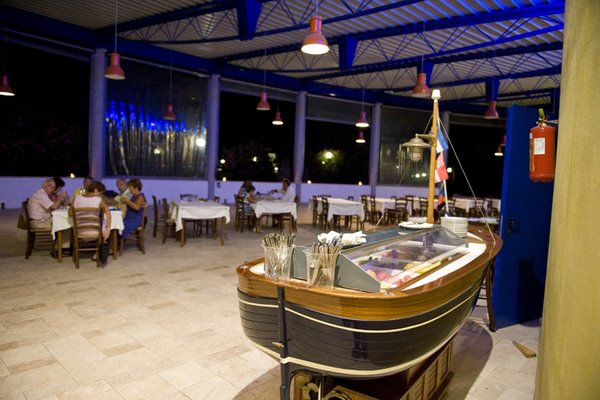 Ristorante all'interno del Blue Area Village di Torre dell'Orso