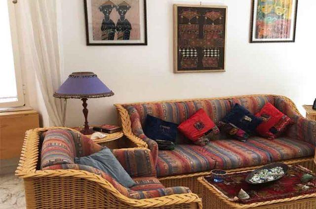 i divani letto nel soggiorno della casa vacanza sita nel centro storico di Gallipoli