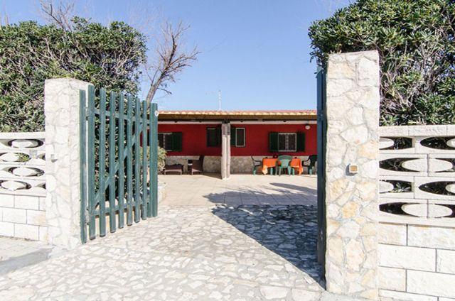 L'ingresso all'abitazione