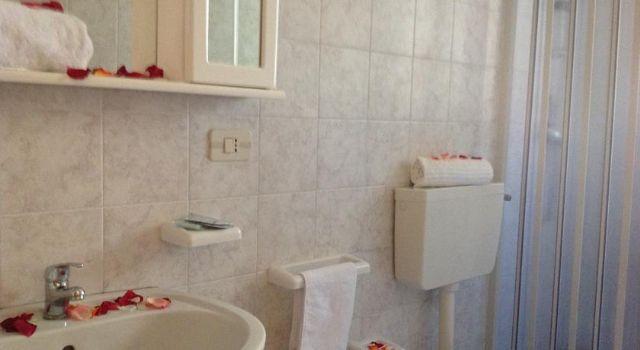 Offerte lastminute residence la pineta a frassanito - Bagno lucia alimini ...