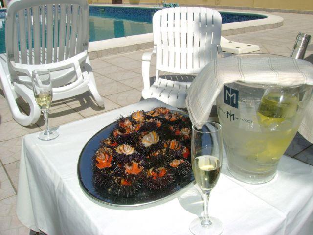 gli aperitivi all'hotel Villa Costes