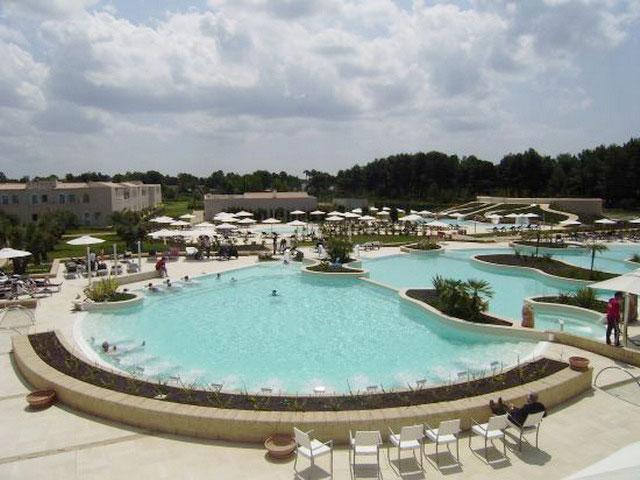 Iberotel Apulia a Marina di Ugento provvista di piscina