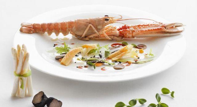 piatti a base di molluschi e pesce appena pescati