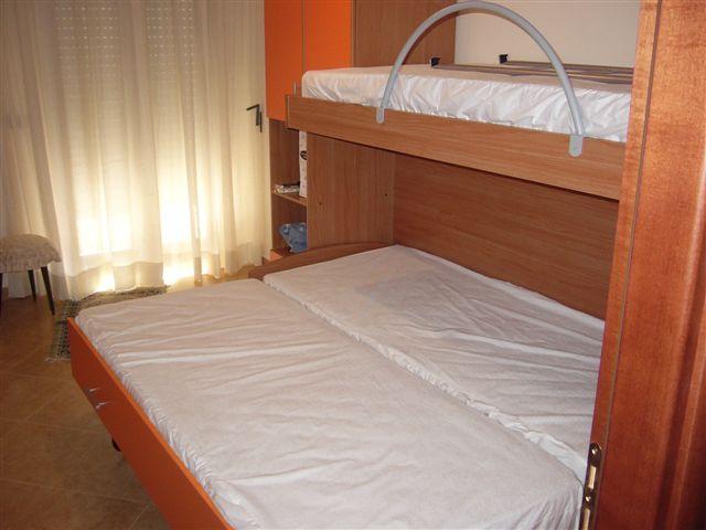 seconda camera con letto matrimoniale