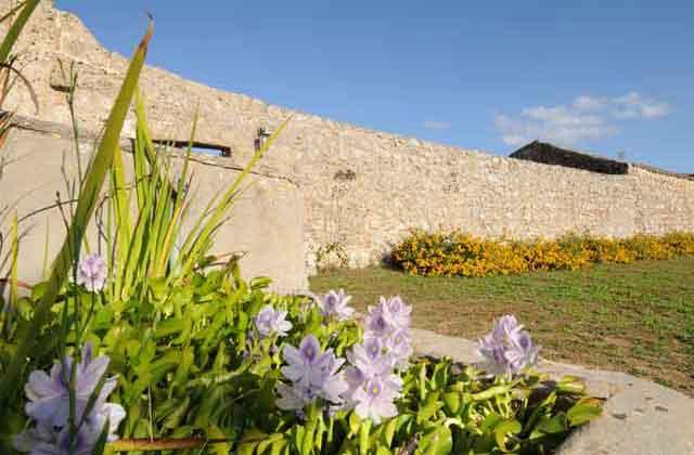 Mura dell'antica masseria Uccio