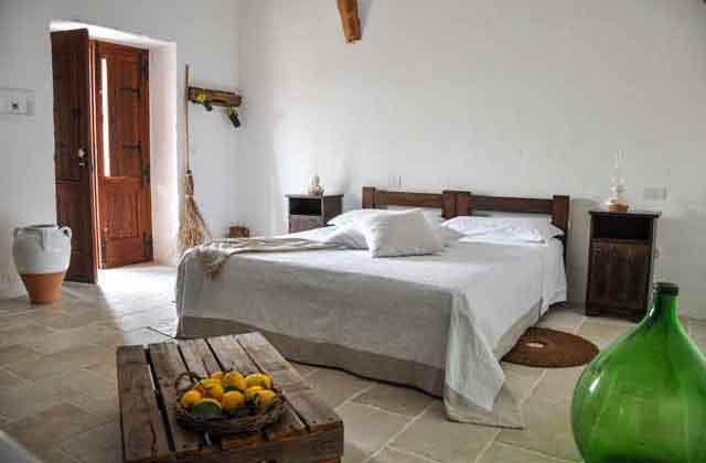 camera in masseria nella campagna di Tricase, nel Salento
