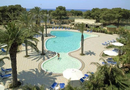 Hotel Resort Giardino con piscina