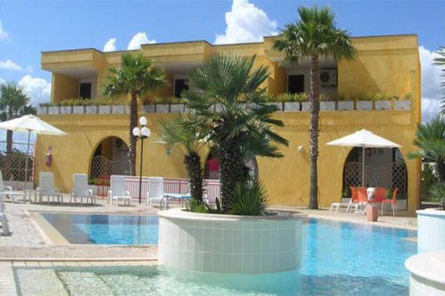Residence Club Costa d'Oriente a Torre Saracena, Salento