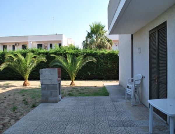 spazi esterni degli appartamenti con spazio all'aperto e zona pranzo esterna
