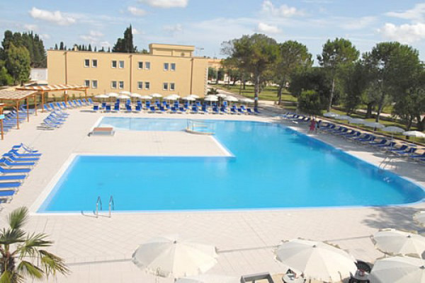 Hotel Villaggio Dolmen Resort, categoria 4 stelle, a Minervino di Lecce, Otranto