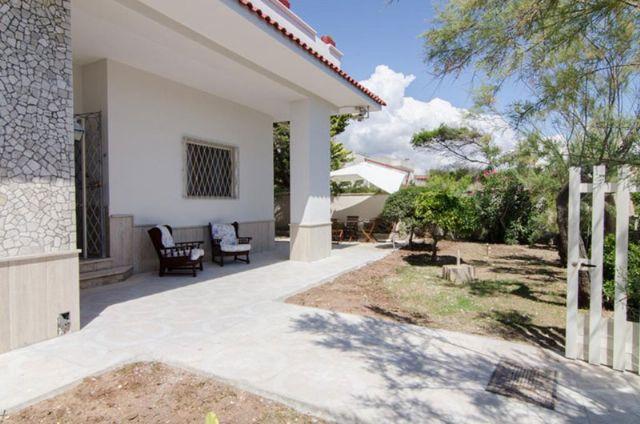 spazio esterno e giardino della casa vacanza