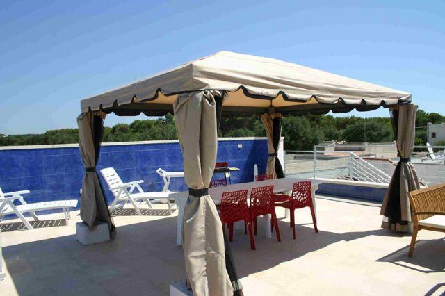 Affitto villa di lusso con veranda e terrazza solarium a torre ...
