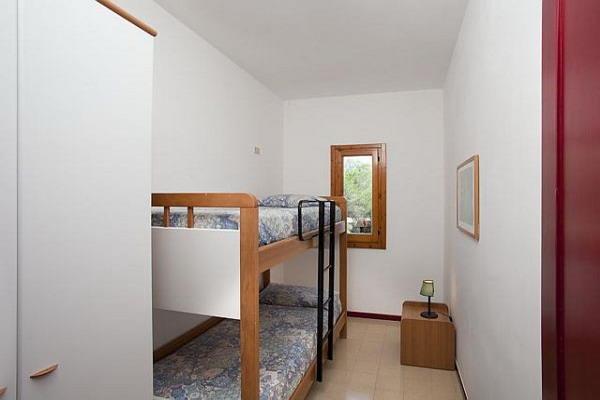 Camera con letto a castello dell'appartamento con due camere da letto a due piani