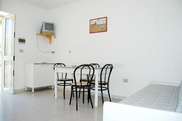 Sala da pranzo dell'appartamento trilocale