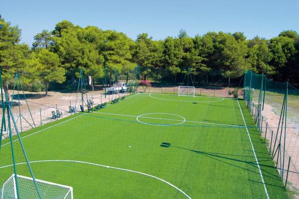 Campo di calcio nel residence Campoverde