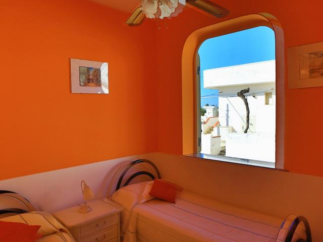 Vista della camera con letti doppi - Piano Terra
